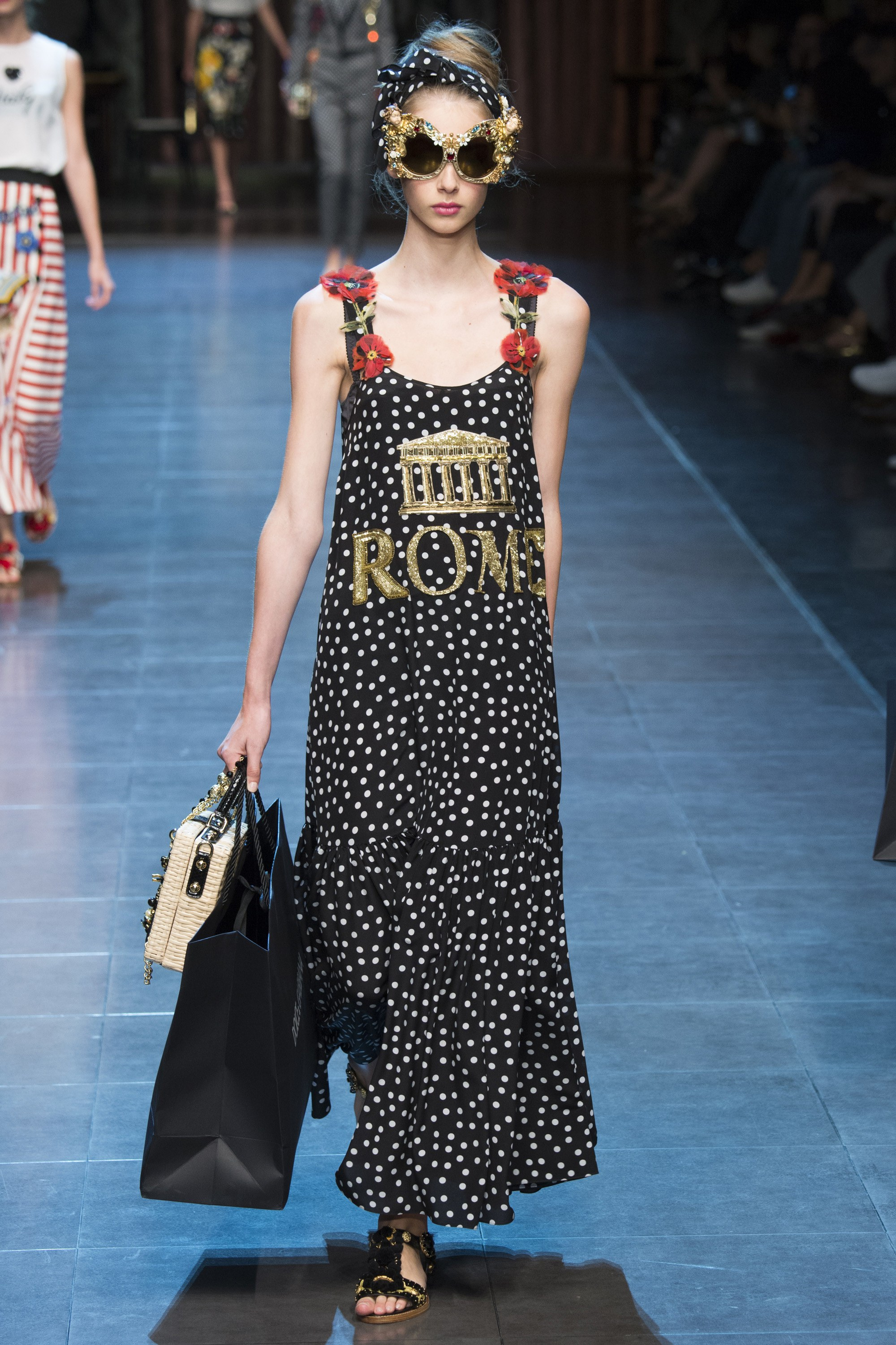 Milan-Fashion-Week-Dolce-Gabbana-21